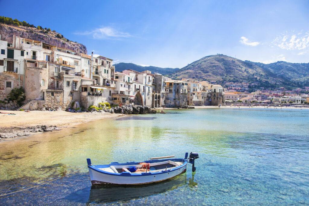 petit village sicile